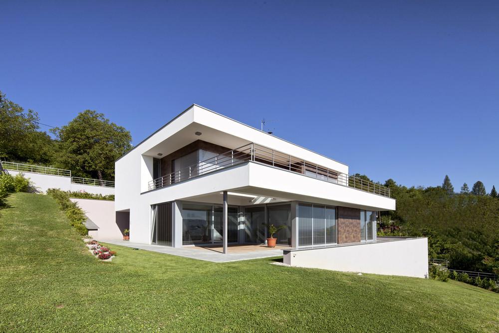 Willkommen bei de ge al immobilien in sinzig for Wohnhaus modern
